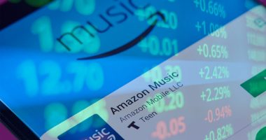 music streaming stocks to buy