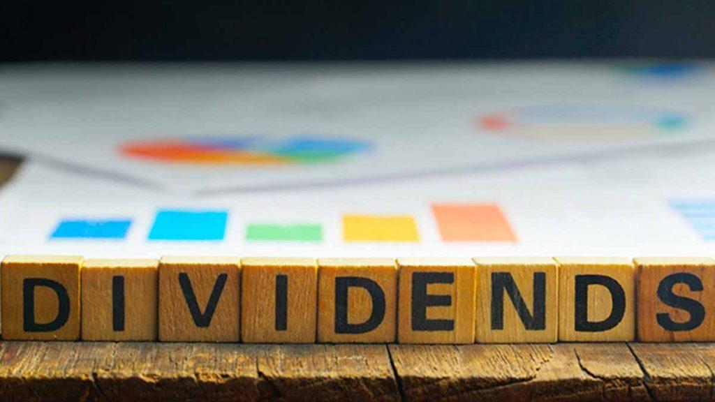 top dividend stocks 2021